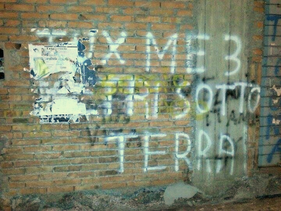 Scritte sui Muri Sepolto