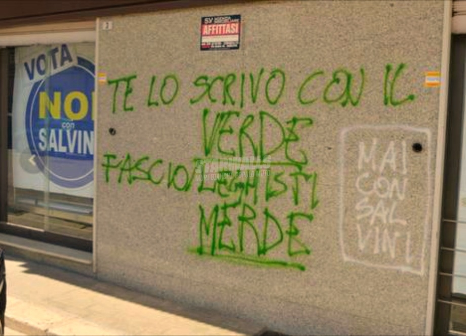 Scritte sui Muri Mai con Salvini