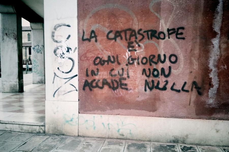 Scritte sui Muri Tragedia quotidiana