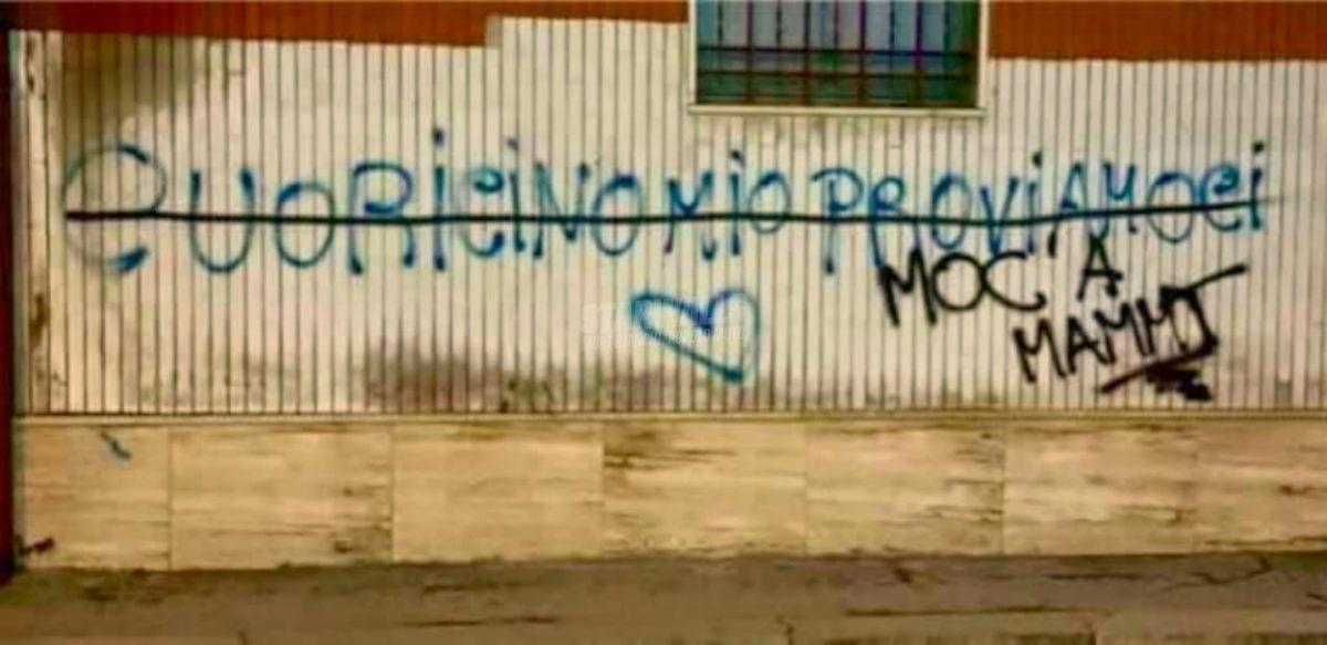 Scritte sui Muri Ahhh l'ammmmmmore