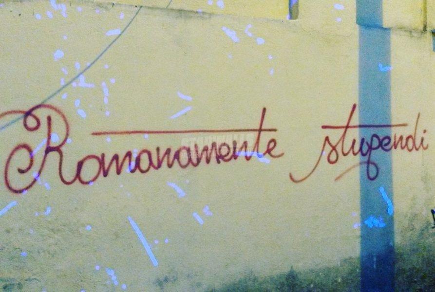 Scritte sui Muri Ostia giallorossa