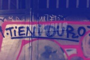 Scritte sui Muri Non mollare