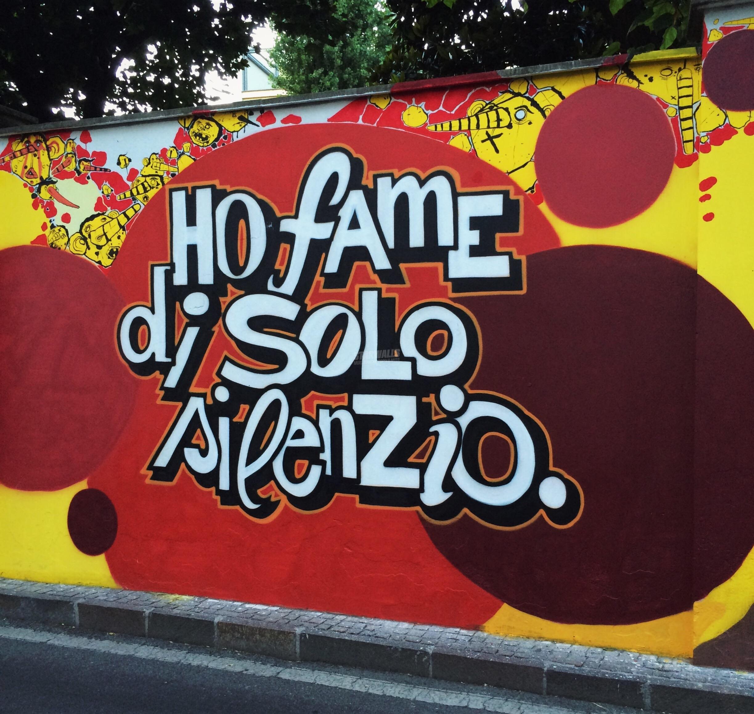 Scritte sui Muri Famelico