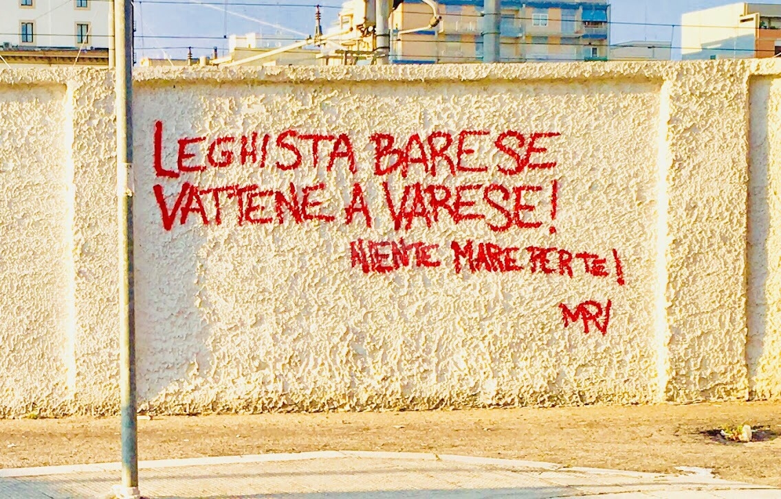 Scritte sui Muri Salvini welcome to Bari
