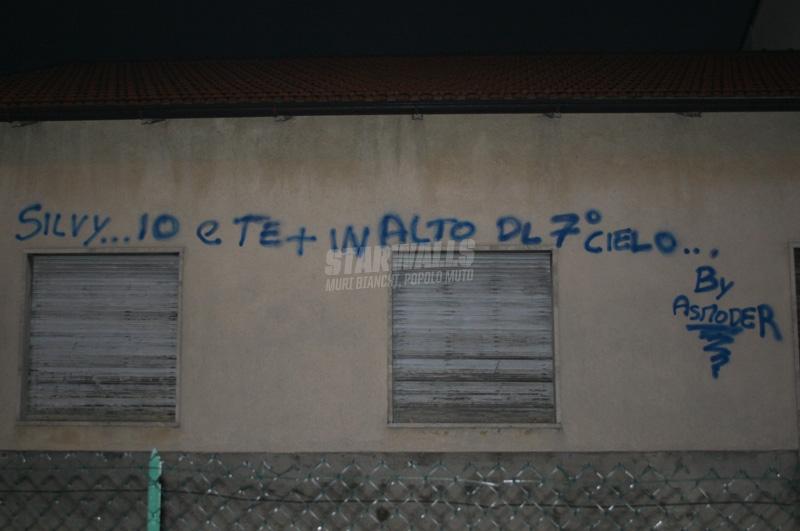Scritte sui Muri sempre più in alto