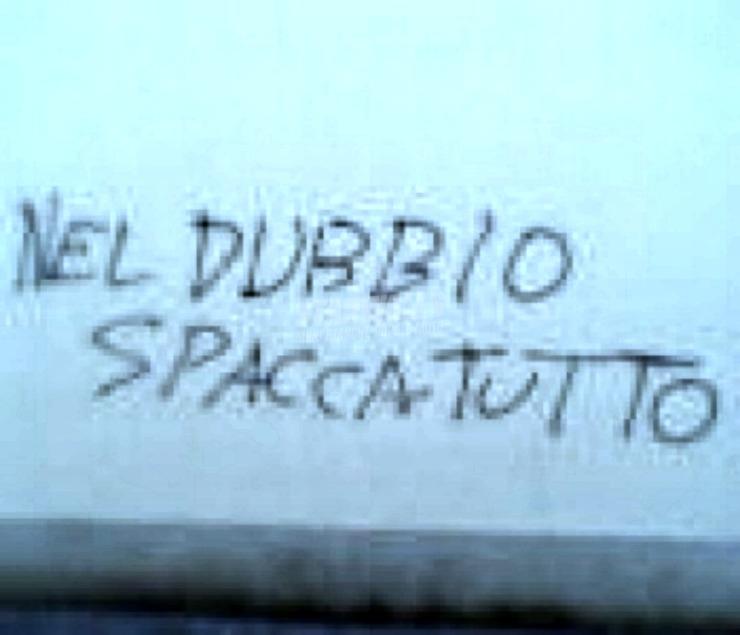 Scritte sui Muri Fedeli alla linea moderata