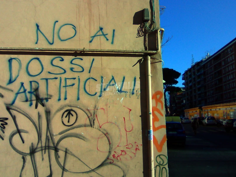 Scritte sui Muri Basta tope