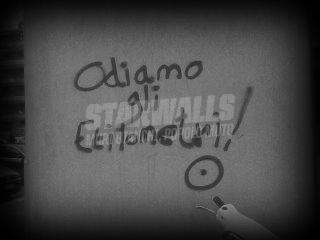 Scritte sui Muri Repulsione