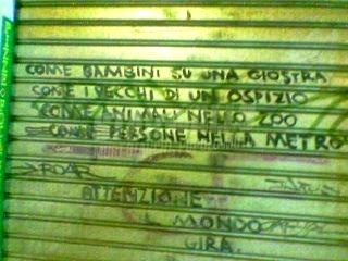 Scritte sui Muri In gabbia