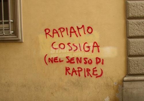 Scritte sui Muri Rapire...non rapare