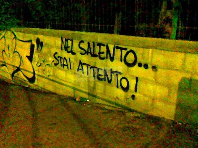 Scritte sui Muri ocio ..