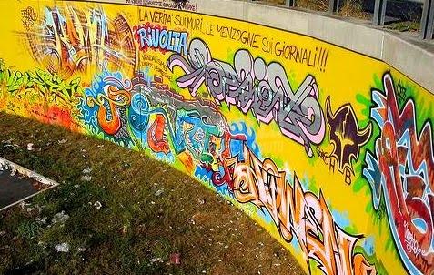 Scritte sui Muri informazione libera
