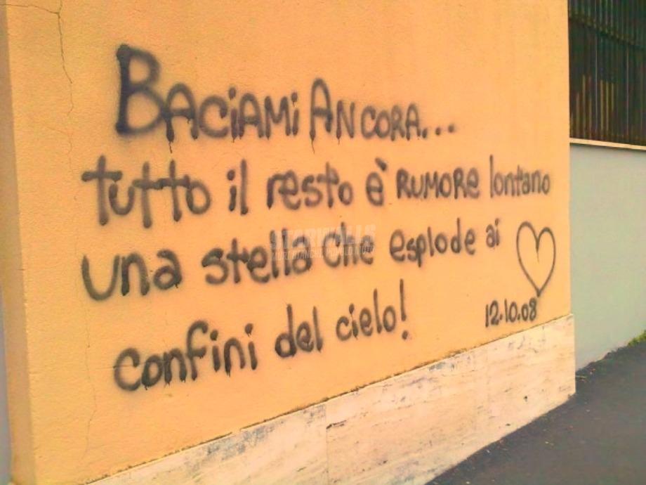 Scritte sui Muri Jovanotti addicted