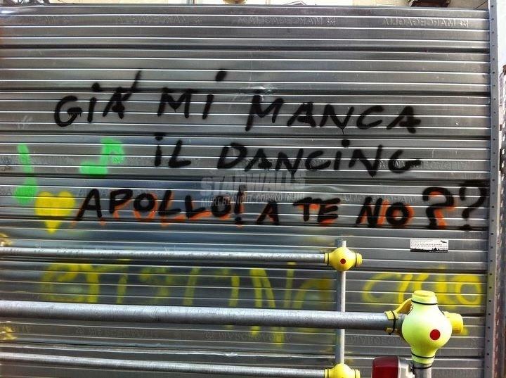 Scritte sui Muri Nostalgia disco party