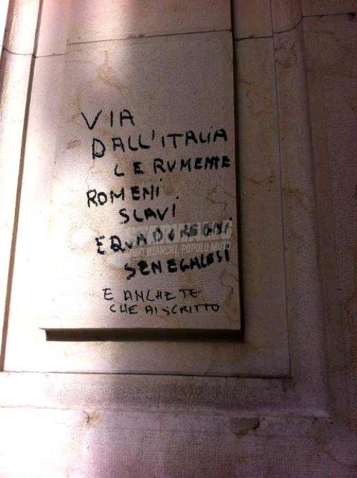 Scritte sui Muri Già che ci sei ...