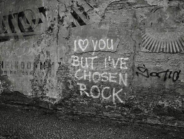Scritte sui Muri Non ti tradisce mai
