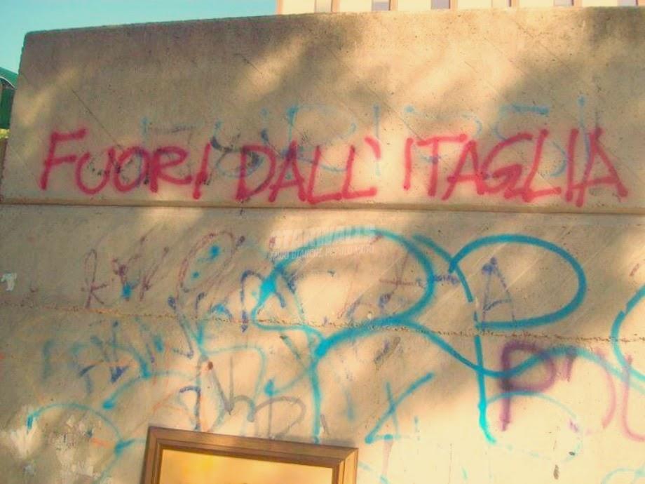 Scritte sui Muri Circolare