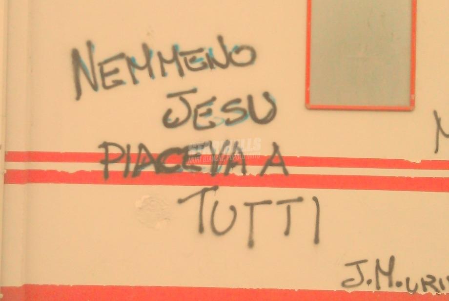 Scritte sui Muri Lo Special One