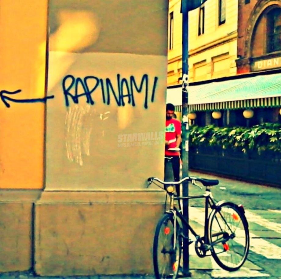 Scritte sui Muri Borseggio a richiesta