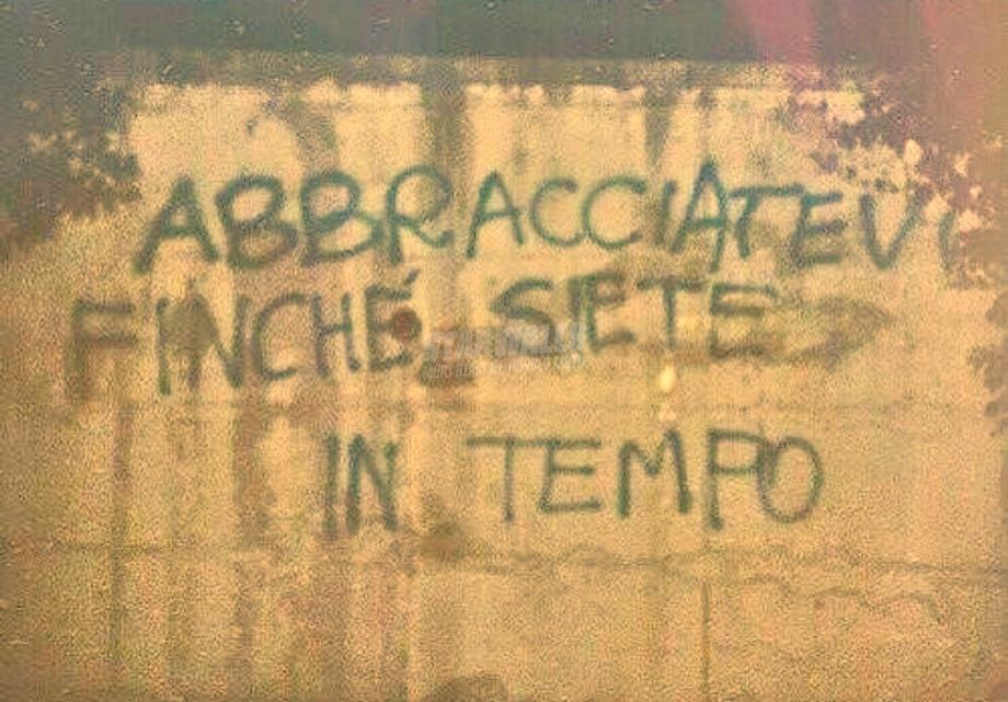 Scritte sui Muri Non esitate