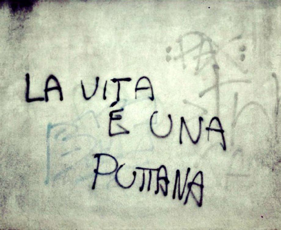Scritte sui Muri Fottila