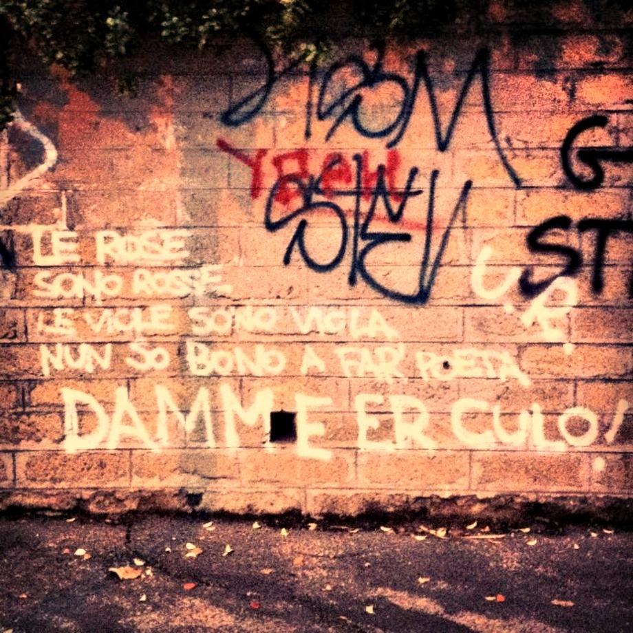 Scritte sui Muri Romance is dead?