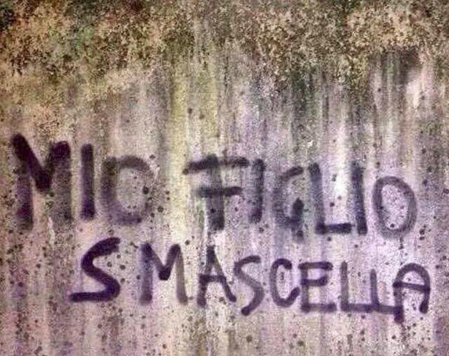 Scritte sui Muri Prole problematica