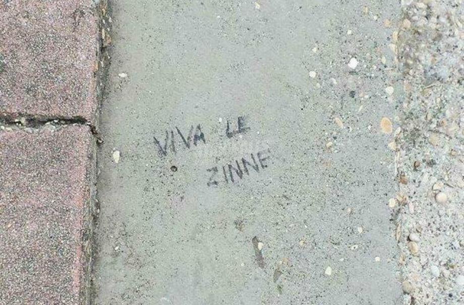 Scritte sui Muri Minimalista
