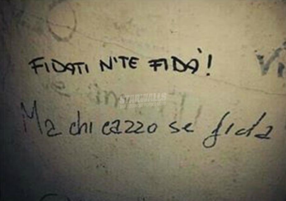 Scritte sui Muri Ammonimento