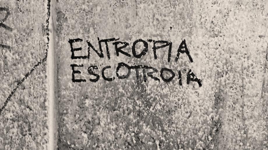 Scritte sui Muri Cangiante