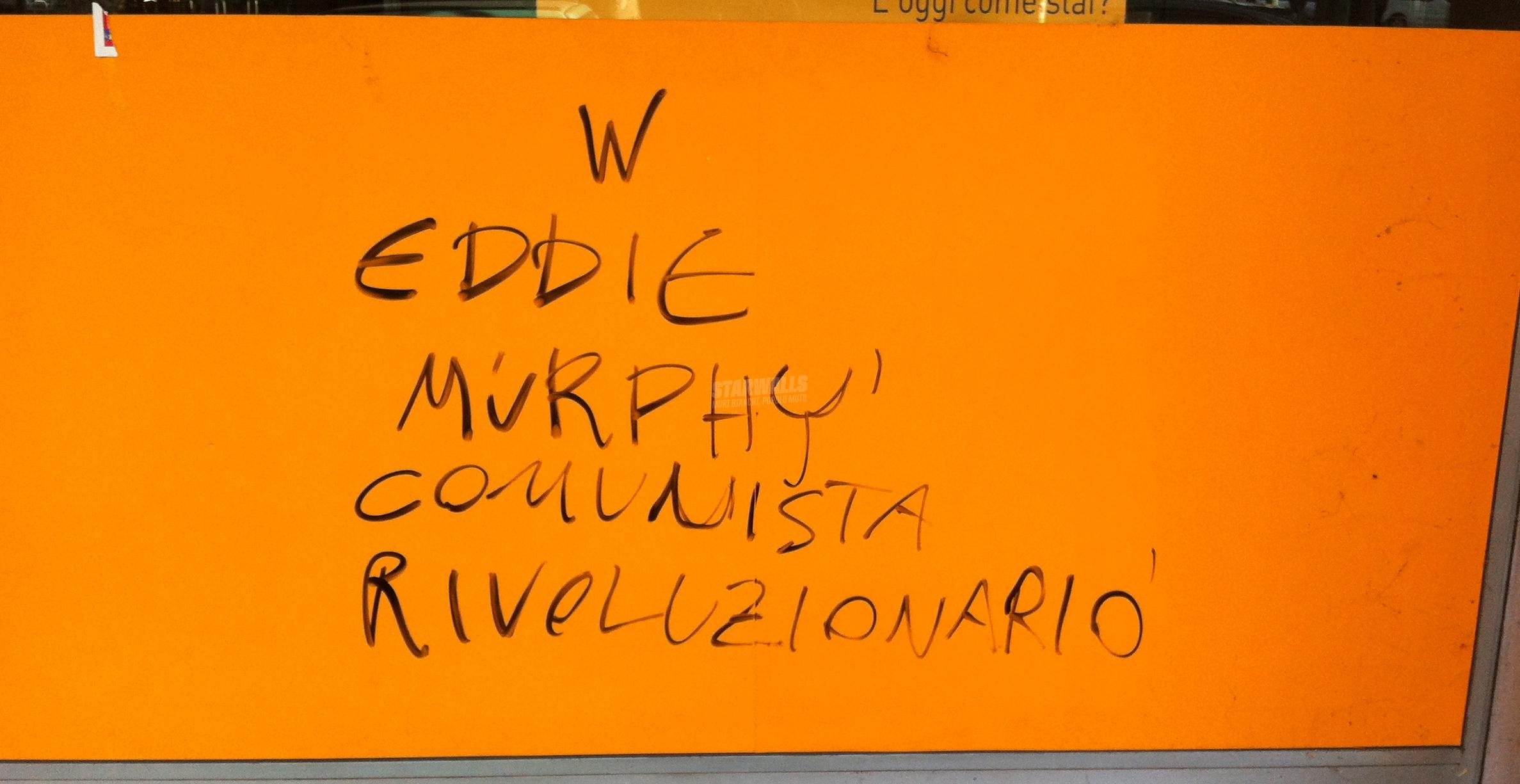 Scritte sui Muri Comunisti a Beverly Hills